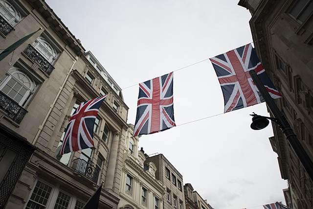 イギリスのEU離脱(ブレグジット)はカードローンに影響するか